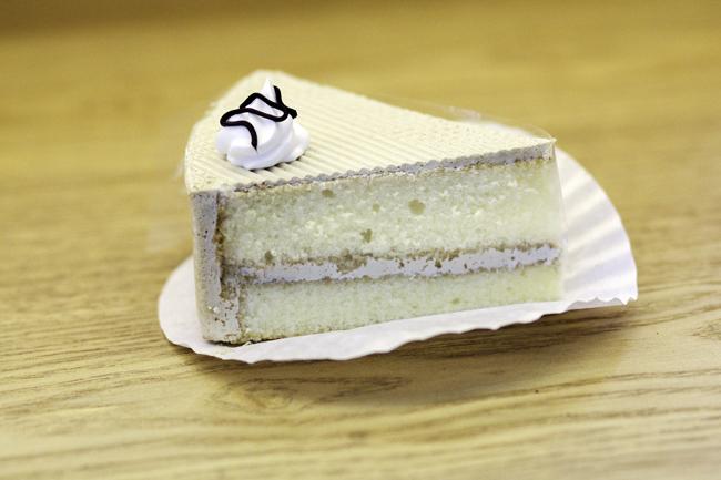 Bánh moka tam giác
