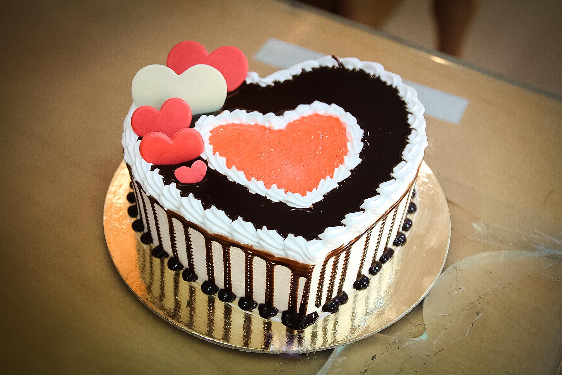 Bánh trái tim ngọt ngào